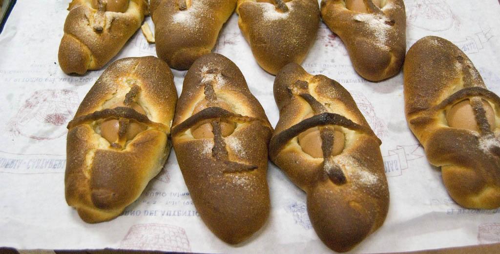 Hornazos almeria gastronomia