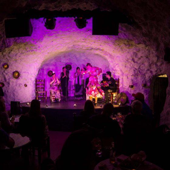 Tablao flamenco en Granada. Foto de cueva flamenca
