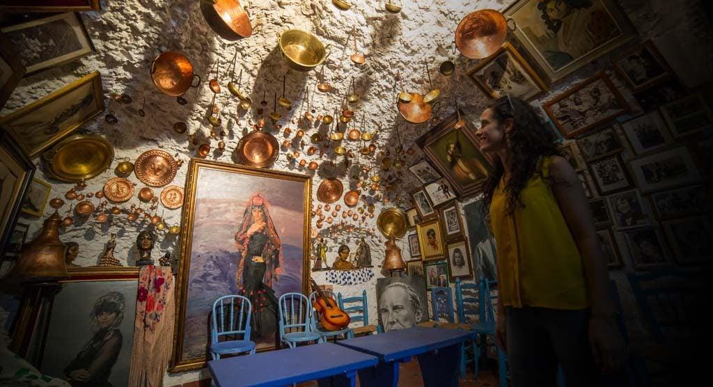 cueva de Curro Albaicín en el Sacromonte de Granada