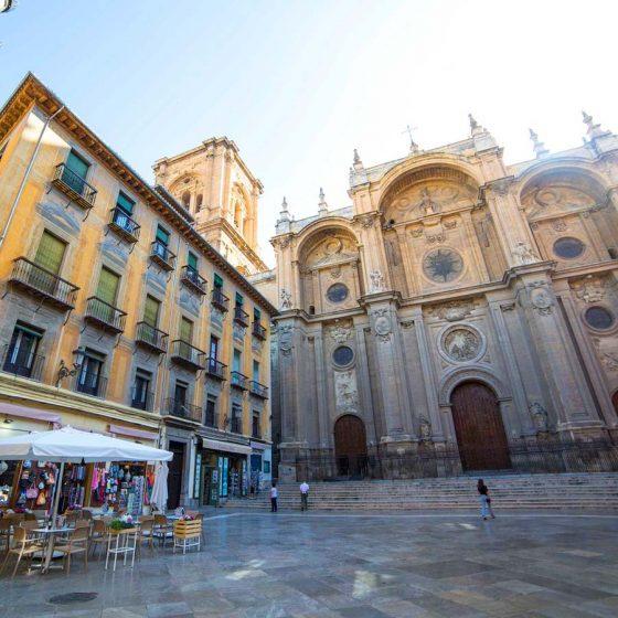 visita guiada granada fachada de la catedral